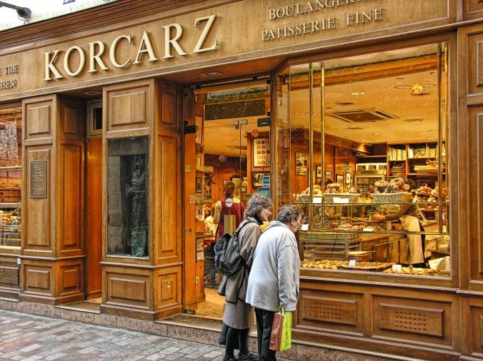 The Korcarz bakery in Rue des Rosiers